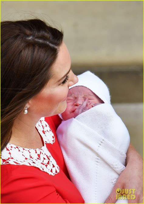 Baby Boy Da Prince Pays Tribute To New Orleans Saints Magical Season by Kate Middleton Paid Tribute To Elizabeth With