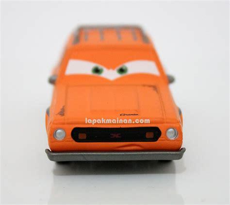 jual wallpaper disney cars jual mainan cars disney pixar dhian toys