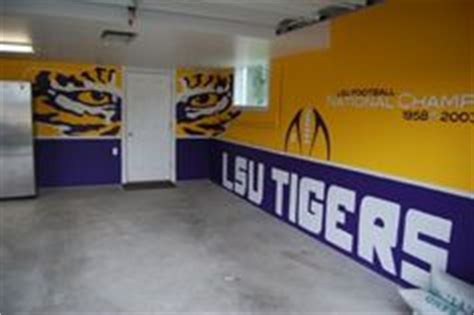 Lsu Bedroom Ideas by I Was Able To Paint The Walls Just Not With All The Detail