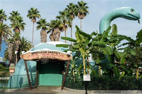 hollywood studios gertie dinosaur gertie s ice cream of extinction