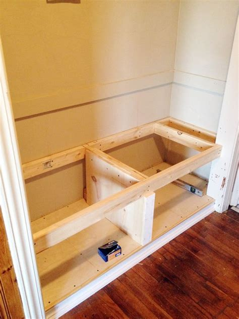 closet bench diy closet bench decor pinterest entrance ways