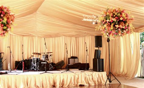 Wedding Reception Bands by Cover Bands For Your Wedding Undercover Live Entertainment