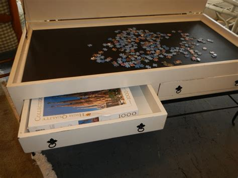 25 unique puzzle table ideas on small