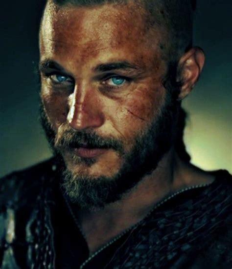 travis fimmel ragnar vikings men i love pinterest vikings travis fimmel love beards pinterest