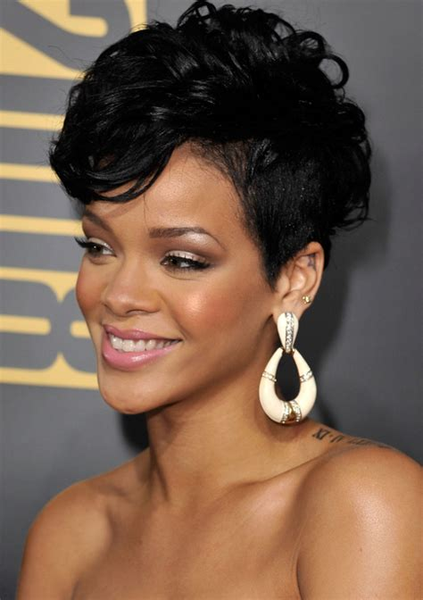 rihanna hairstyles top 35 looks in different years pictures rihanna s short haircuts best styles over the