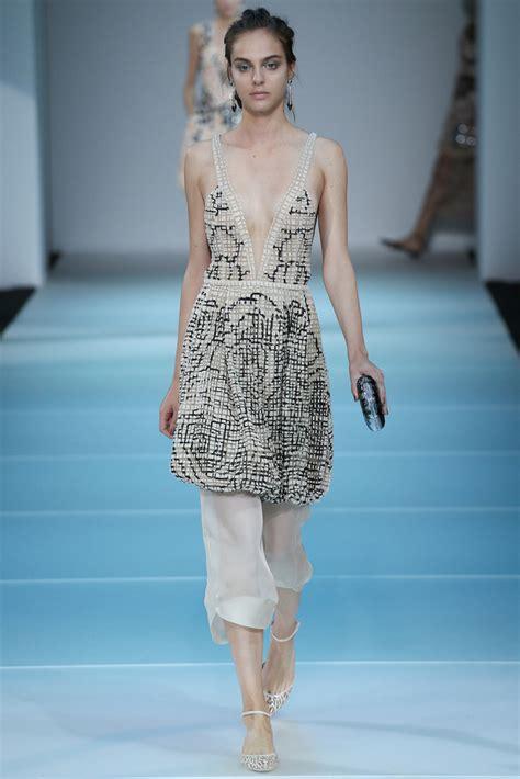 Ready Larissa Dress 3 giorgio armani mfw s s 2015 showlist model showlists