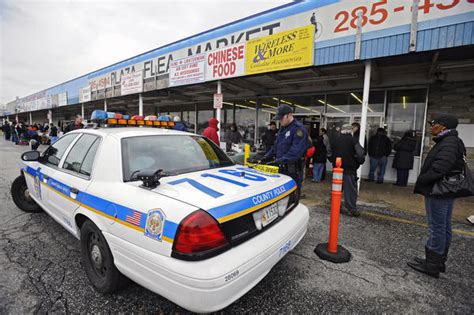 Baltimore County Warrant Search Baltimore County Raid Plaza Flea Market For
