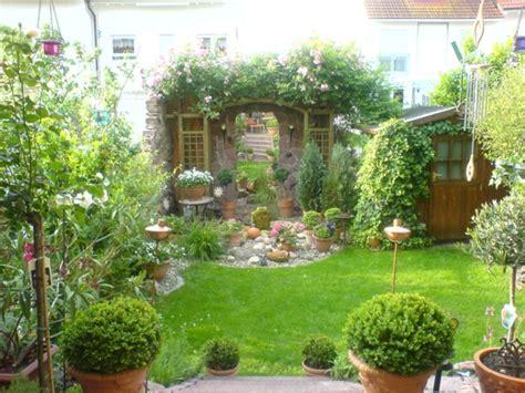 Garten Gestalten Toskana by Vorgartengestaltung Vom Reihenhaus M 246 Glich Und Wie