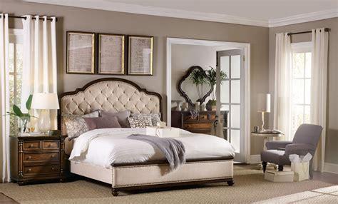 leesburg beige upholstered bedroom set  hooker coleman furniture