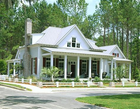 craftsman farmhouse 25 best ideas about craftsman farmhouse on craftsman kitchen bungalow homes and