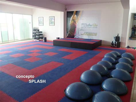 ideas para decorar un salon de zumba piso para aerobics zumba gimnasio danza ejercicio