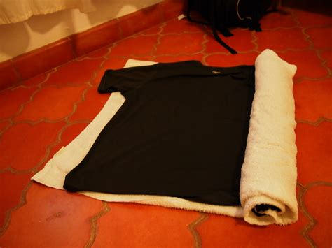 Setrikaan Baju gak perlu setrikaan ini dia caranya kalau butuh baju