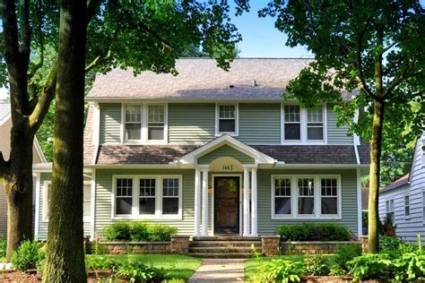 57 best dutch colonial homes images on pinterest asphalt 26 best enclosed portico ideas images on pinterest