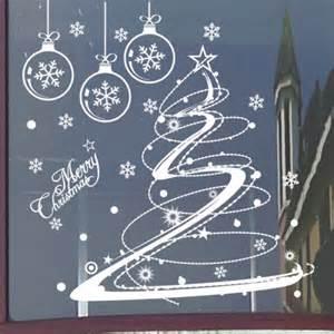 decorare finestre natalizie