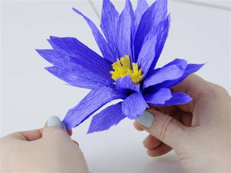 How To Make Handmade Paper With Flower Petals - how to make flowers using crepe paper hgtv