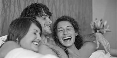 come far godere una donna a letto come si amano le donne come far godere le donne