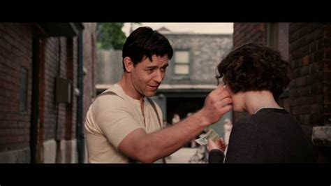 film cinderella man youtube cinderella man beautiful scene 2005 russell crowe youtube