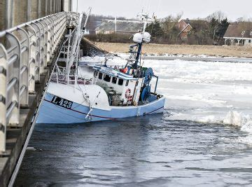 boat crash near skyway fishing boat gets stuck in danish ice collides with