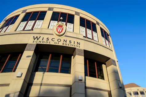 Wisconsin Mba Admissions by Search Begins For Next Dean Of Wisconsin School Of Business