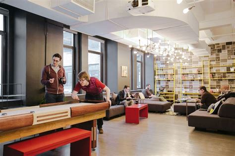 We Office by Wework Charging Bull Wework Office Photo Glassdoor
