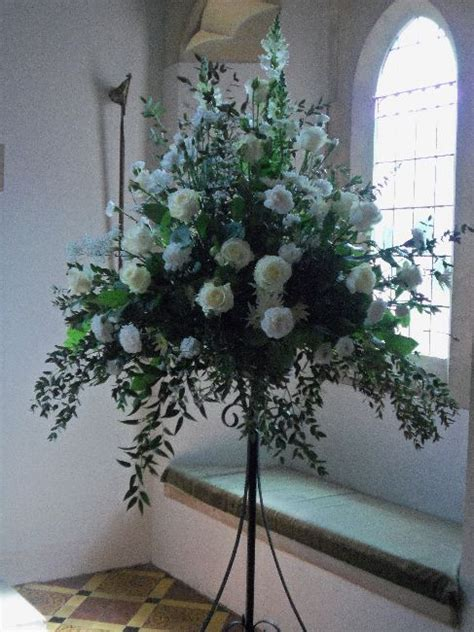 Pedestal Arrangements For Church large formal white and church pedestal arrangements