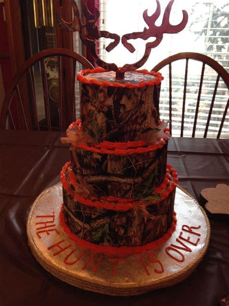 realtree wedding cake camo weddings camo wedding cakes country wedding cakes wedding