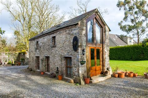 small barn houses crows hermitage a converted stone barn in ireland