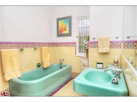 turquoise and yellow bathroom 17 best images about turquoise bathrooms on pinterest