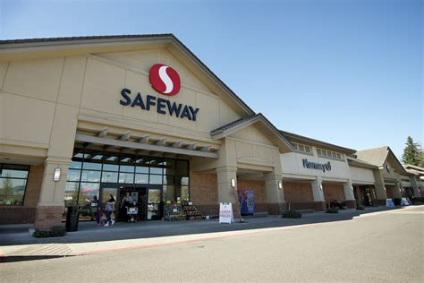 safeway open new year s day safeway hours opening closing in 2017 united