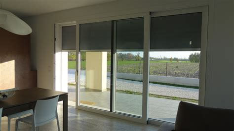 tende per finestre scorrevoli produzione balconi e serramenti civili e industriali