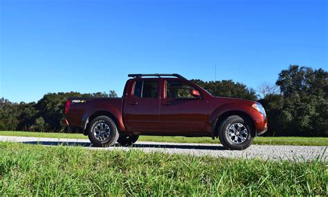 nissan frontier pro 4x 2017 review 2016 nissan frontier pro 4x motor1com 2017 2018