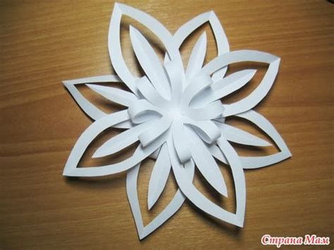How To Make Large 3d Paper Snowflakes - craft ideas paper snowflake flower tutorial