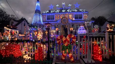 Families With The Best Christmas Light Displays Youtube The Best Light Displays