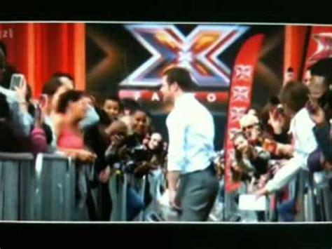 illuminati gestures illuminati gesture in the x factor must see