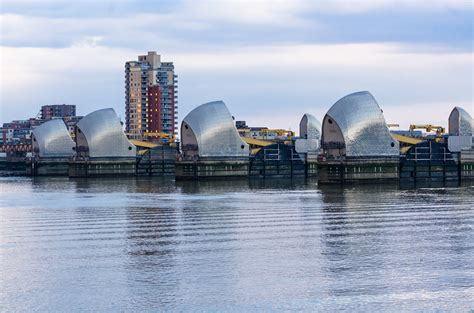 thames barrier lifting flood defence standards must be re evaluated