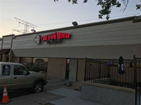 dog house bar the dog house bar and grill american restaurant 2029 woodlynn ave in maplewood mn tips