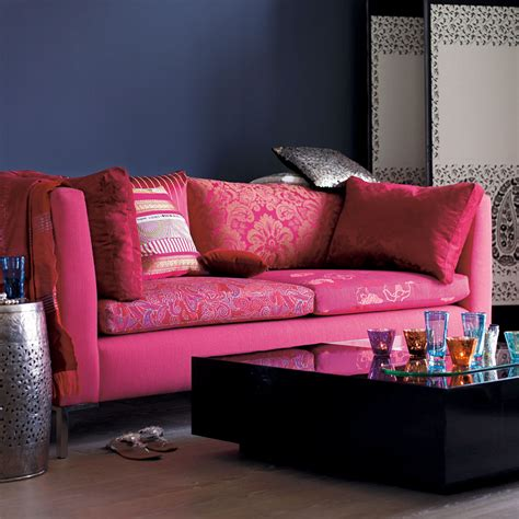 pink living room chair living room colour schemes