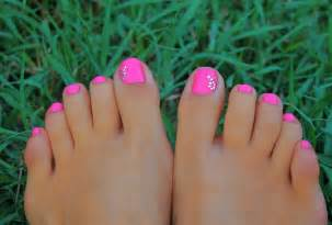 summer toe colors summer toe nail designs 2017