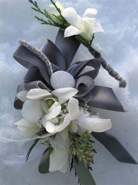 Wedding Corsages by Hearts Flowers Decorating For Your Wedding Day