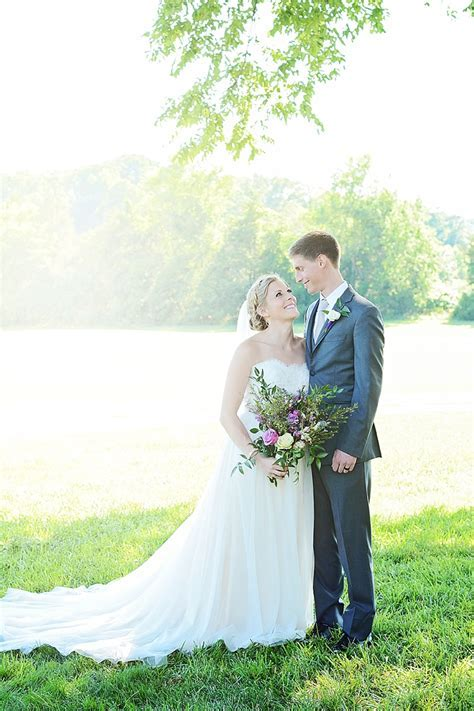 Real RVA Wedding: Emily & Jared's Virginia Barn Wedding Photos