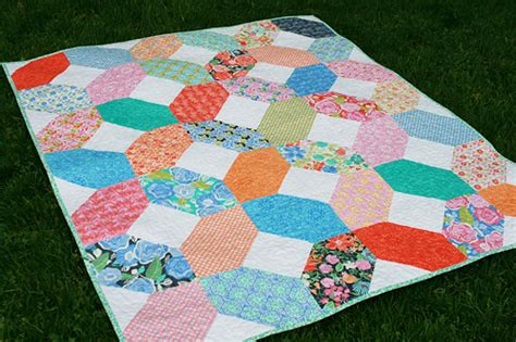 Quilts From Layer Cakes by 5 Modern Layer Cake Quilt Patterns Rainy Days And Blankets