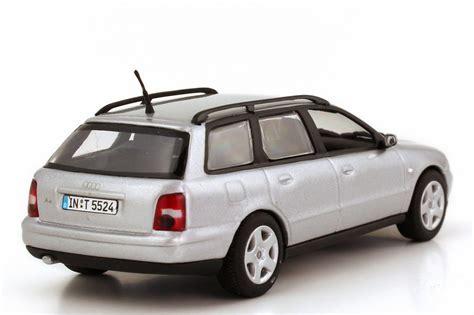 Audi A4 Avant Modellauto by Audi A4 Avant B5 Facelift 1999 Silber Met Minichs
