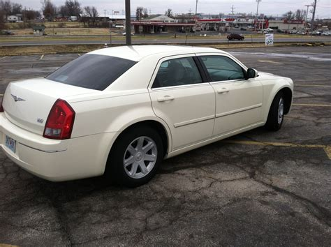 2005 Chrysler 300 Limited by 2005 Chrysler 300 Pictures Cargurus