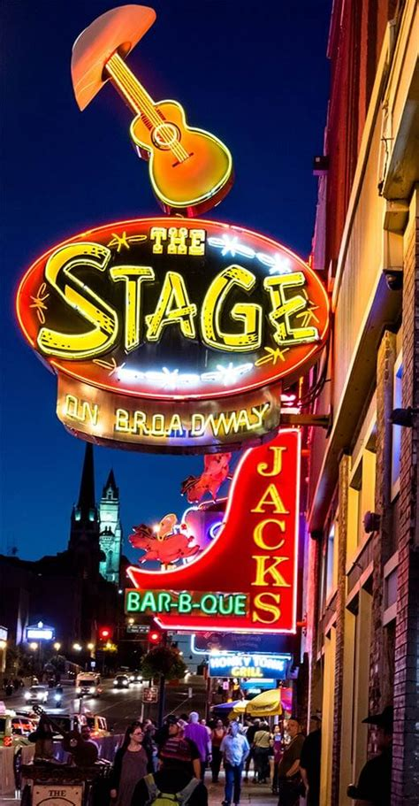 top 10 nashville bars top 10 honky tonks and dive bars on broadway in nashville tn