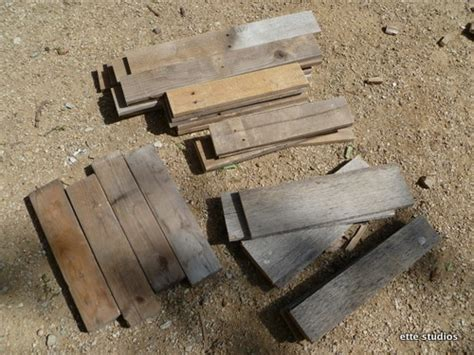Shipping Pallet Coffee Table Shipping Pallet Coffee Table By Ett 233 Studios Intelligent Design Pinterest Studios Tables