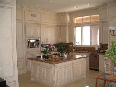 cream glazed kitchen cabinets kitchen cabinets with cream and coffee glazed finish