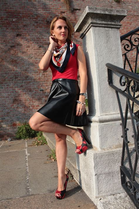 red  black fashion outfit  indiansavagecom