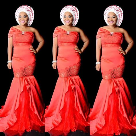 define fashionable celebrities select a fashion style this is the celebrity aso ebi style