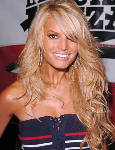 jessica simpson hairstyles with bangs jessica simpson long wavy hair