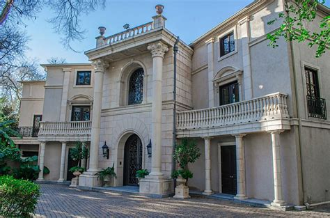 buying house in houston beyonce reportedly buys mom tina an opulent texas mansion